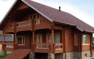 Дома из оцилиндрованного бревна: плюсы и минусы