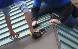 Особенности крепления профнастила саморезами на крышу и забор