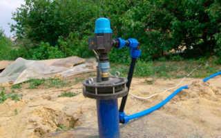 Обустраиваем скважину на воду после бурения на участке и провести воду в дом своими руками