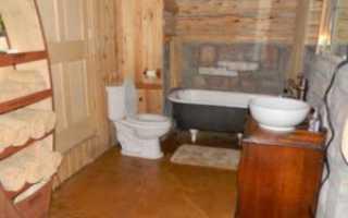 Туалет в деревянном доме своими руками с вентиляцией и канализацией