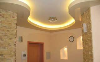 Как установить двухуровневые натяжные потолки для зала с подсветкой и без своими руками