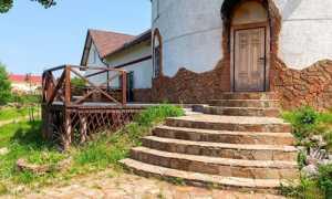 Как сделать ступеньки для крыльца: виды бетонных ступенек