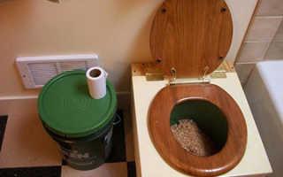 Как построить теплый туалет на даче в частном доме своими руками